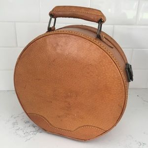 VINTAGE Tan Leather Mini Hat Box Train Case Purse